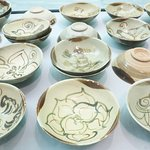 Changsha mass-produced bowls (Tang shipwreck exhibit)