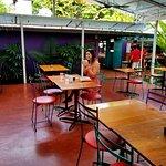 Foto de El Patio de Café Milagro - Manuel Antonio