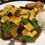 Very bland tofu and veg dish.