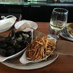 Mussel in white wine sauce