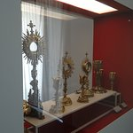 Monstrances and chalices