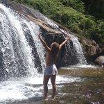 Cachoeira do Prumirim - Primeira queda descendo a trilha