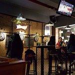 Foto de La Fabrica Sports Bar