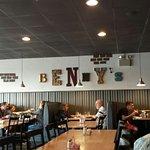 Foto de Benny's Italian Restaurant