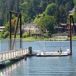 The boat dock near Elk Rock Island