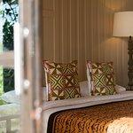 Shantaa Villa (2 queen size beds)