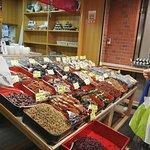 ภาพถ่ายของ Nishiki Market