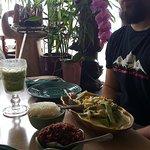 Foto de Tina's Garden Cafe