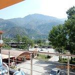 Hotel Mountain Track Photo