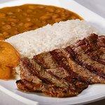menu del dia con carne asada sopas y bebida