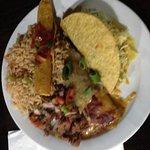 La Combinacion, enchilada, taco and taquito