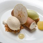 Sumptuous Desserts using local produce - Bilpin apples