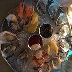 Anchor Oyster Bar & Seafood Market의 사진
