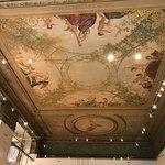 صورة فوتوغرافية لـ ممر التسوق التراثي بلوك أركاد