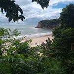 Descendo as escadas pra ir pra praia do Madeiro, visão mais linda!