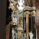 Foto de Basilica de la Virgen de los Desamparados