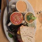 Foto de Five Loaves Cafe