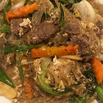 Pad Woon Sen with pork