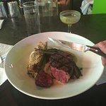 Chartreuse Kitchen & Cocktailsの写真