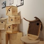 Nifty annual event/exhibit interpreting well known architectural styles as bird houses.