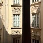 Milano, Casa Rossi: particolare delle facciate interne