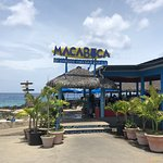 Macabuca Bar & Grill