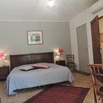 Chambre Orange avec lit en 180x190 ou 2 lits jumeaux