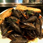 Mussels in Tomato Broth