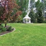 Ashley Inn is surrounded by the Kerby Gardens, perfect for family play