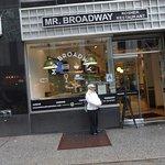 Φωτογραφία: Mr. Broadway