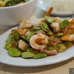 Authentic Southern Cuisine. Fresh vegetable. Hot and spicy. Rich herbal. For friend and family.