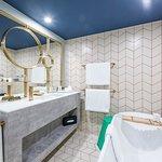 Oasis Room Bathroom