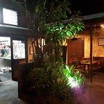 Giordanos Wood-Fire Pizza & Garden Restaurant - Est 1990 Foto