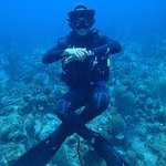 Divemaster Nick chilling.