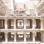 Multi level platforms as you descend the stepwell