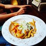 Sriracha Blue Cheese Gringo Fries 🤗
