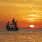 Foto de Santorini Exclusive Sailing Odysseas Sailing Yacht