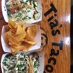 Foto de Tia's Tacos - re opened