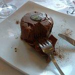 Comida maravilhosa, atendimento espetacular em especial ao garçom Miguel, sobremesa indescritíve