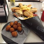Croquetas de Jamon, Montaditos e Chips