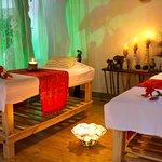 Camillas amplias para disfrutar de un masaje muy relajante