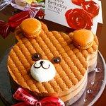 バースデー用のホールケーキも各種ご用意しております