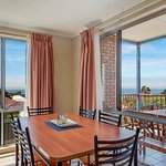 Dining with views in 1 + 2 bedroom units