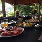 Breakfast pancakes & fruit