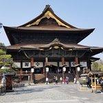 ภาพถ่ายของ Zenko-ji Temple