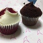 صورة فوتوغرافية لـ Hummingbird Bakery