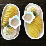 This is perfect Sweet sticky rice with mango (Khao Niaow Ma Muang) made by the guests