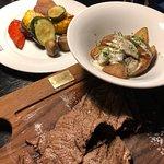 Photo de BEEF meat & wine
