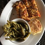 tomato pie, biscuit, green beans