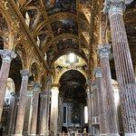 Photo de Basilica della Santissima Annunziata del Vastato